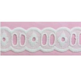 Bordado passa fita algodão luli ref.112262 - 2.2 cm  c/ 13.7 mts