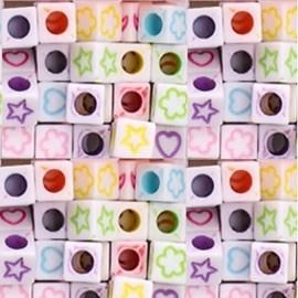 Miçanga cubo formas - ref. 150420 - 6 x 6 mm - aprox . 50 grs