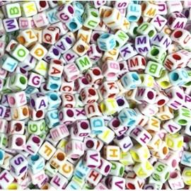 Miçanga cubo letras ref. 150744 -  6 x 6 mm - aprox . 50 grs
