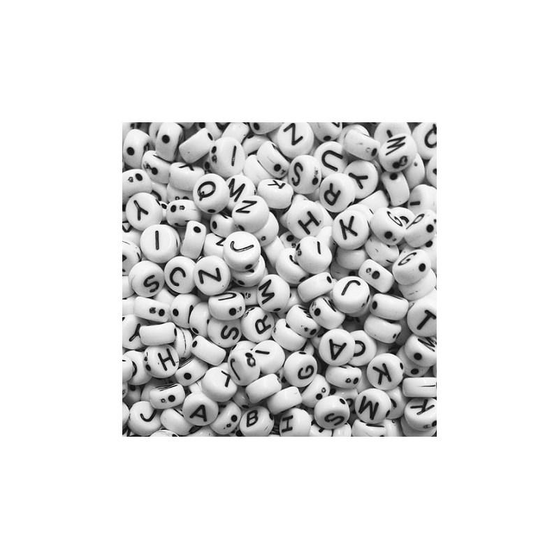 Miçanga redonda branca c/ letra preta ref. 150756 - 6 mm c/ 50 grs